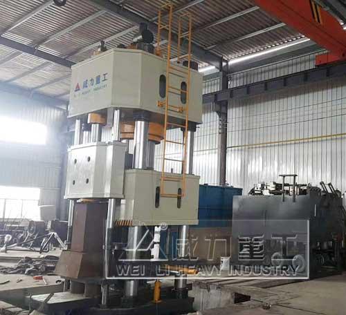 1000吨四柱式热锻液压机图片